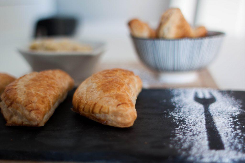 empanadillas con masa de hojaldre